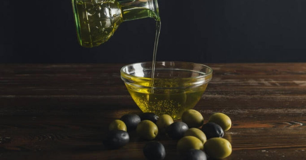 Extra Virgin Olive Oil Benefits and Advantages of Using it