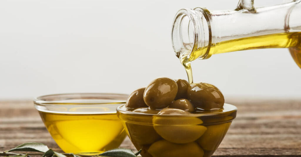 Olive Oil as a Condiment 5 Smart Ways to Use Olive Oil in Your Recipes